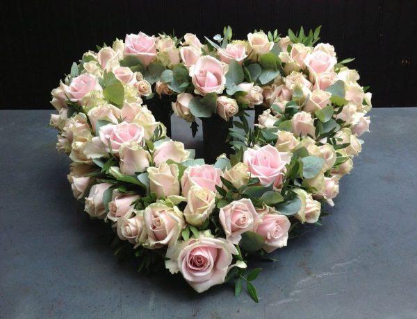 Open hart roze